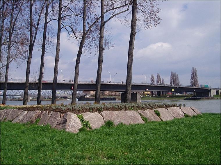 Pont d'Europe